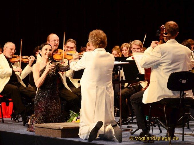 Vogtlandhalle Greiz: Glanz und Glamour beim Orchesterball