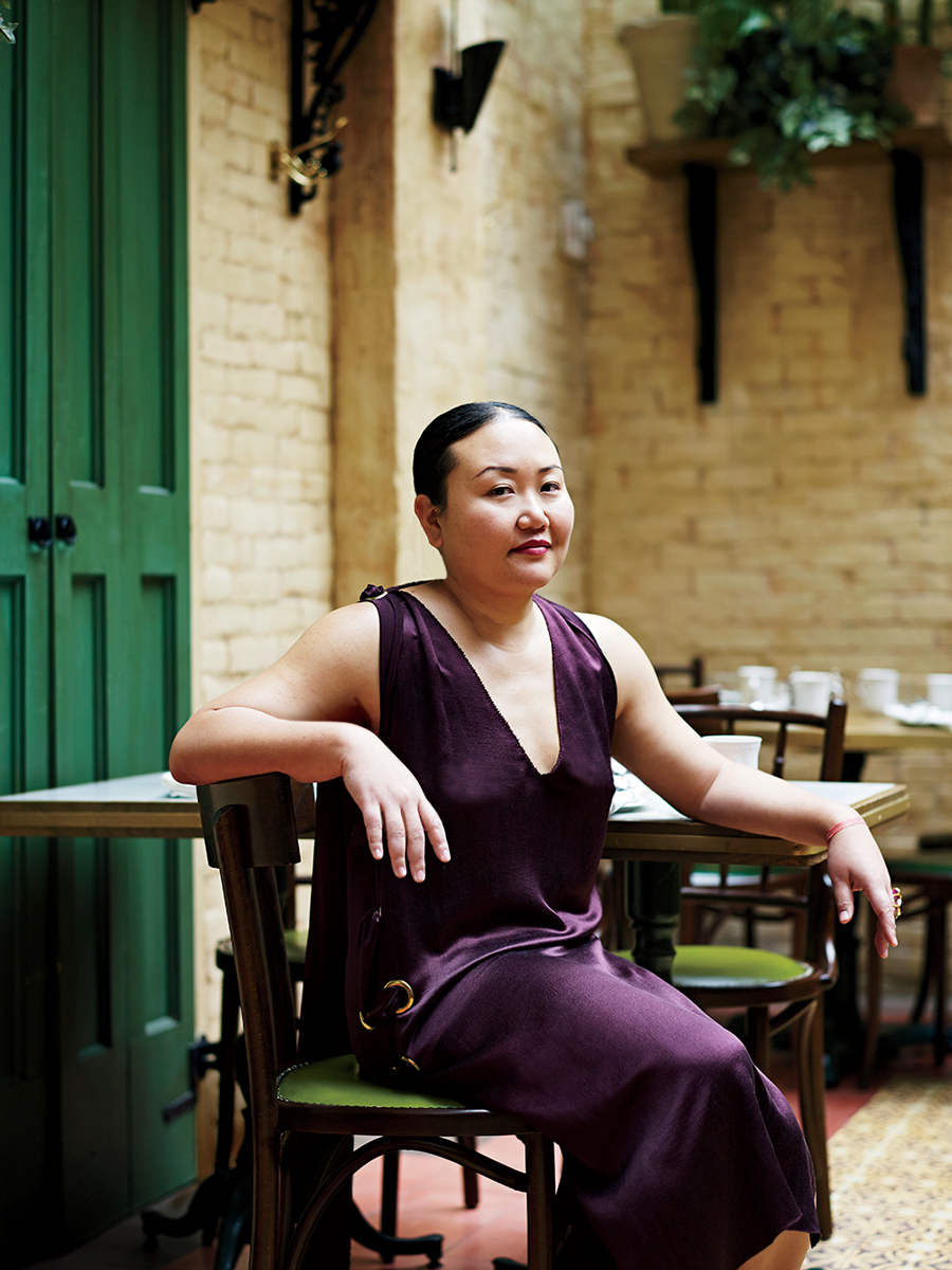Hanya Yanagihara's A Little Life has been shortlisted for the Man Booker Prize for Fiction 2015 - peoplewhowrite