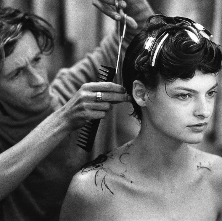 TBT Linda Evangelistas First Short Haircut By Julien D