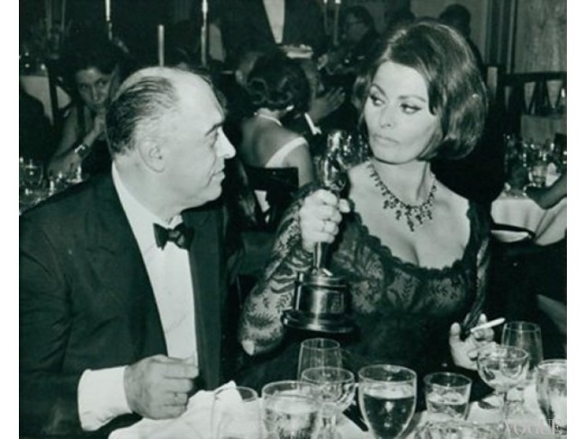 Софи Лорен и Карло Понти на вручении