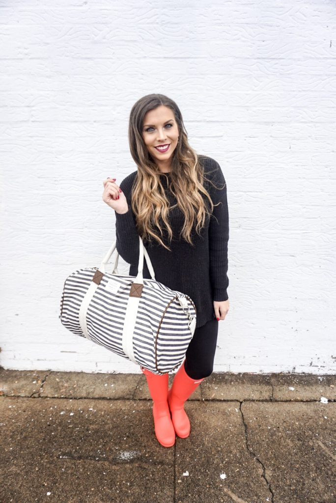 travel-bag-duffel-stripes