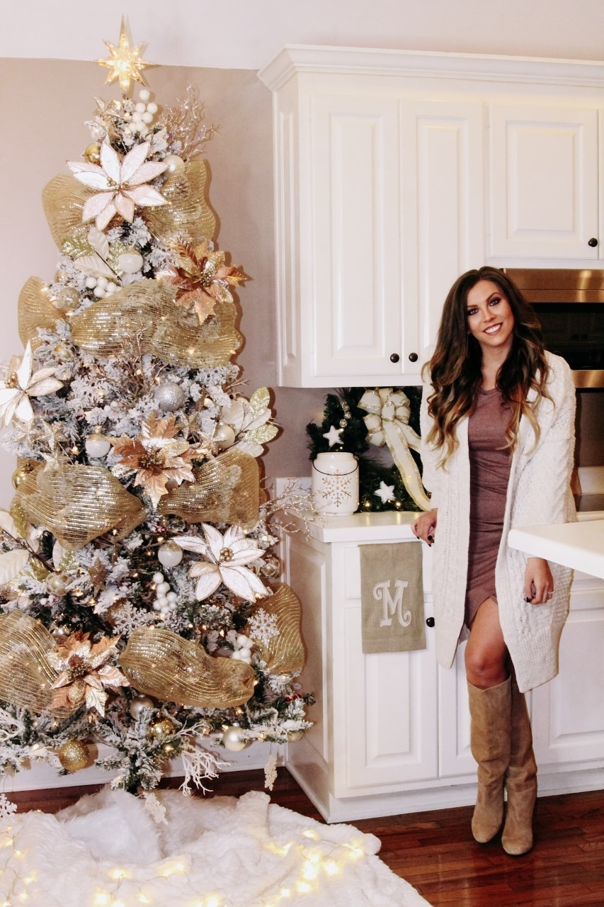 Christmas Tree With Mesh.Decorating A Christmas Tree Deco Mesh Archives Vogue For