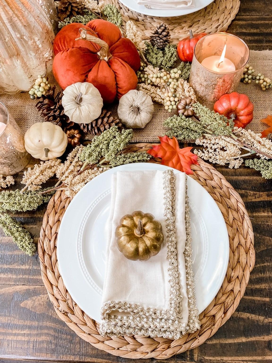 Savilla Mountain's splendid fall tablescape