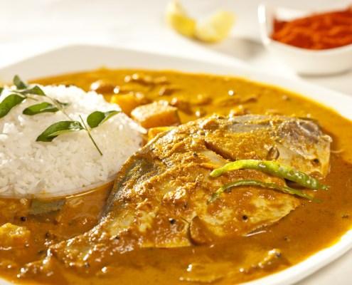 Fischcurry mit Pfirisch