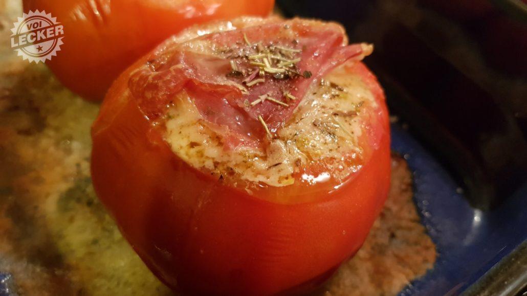 Gebackene Tomate gefüllt