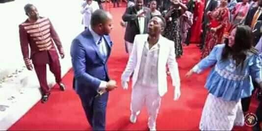 VIDEO: Pastor Alph Lukau Raising A Dead Man From A Coffin