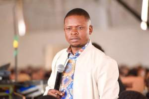 Prophet Bushiri survives an attempted murder by gunmen