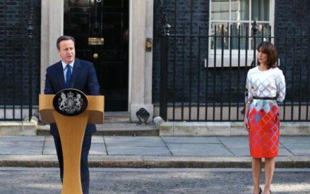 Cameron resigns