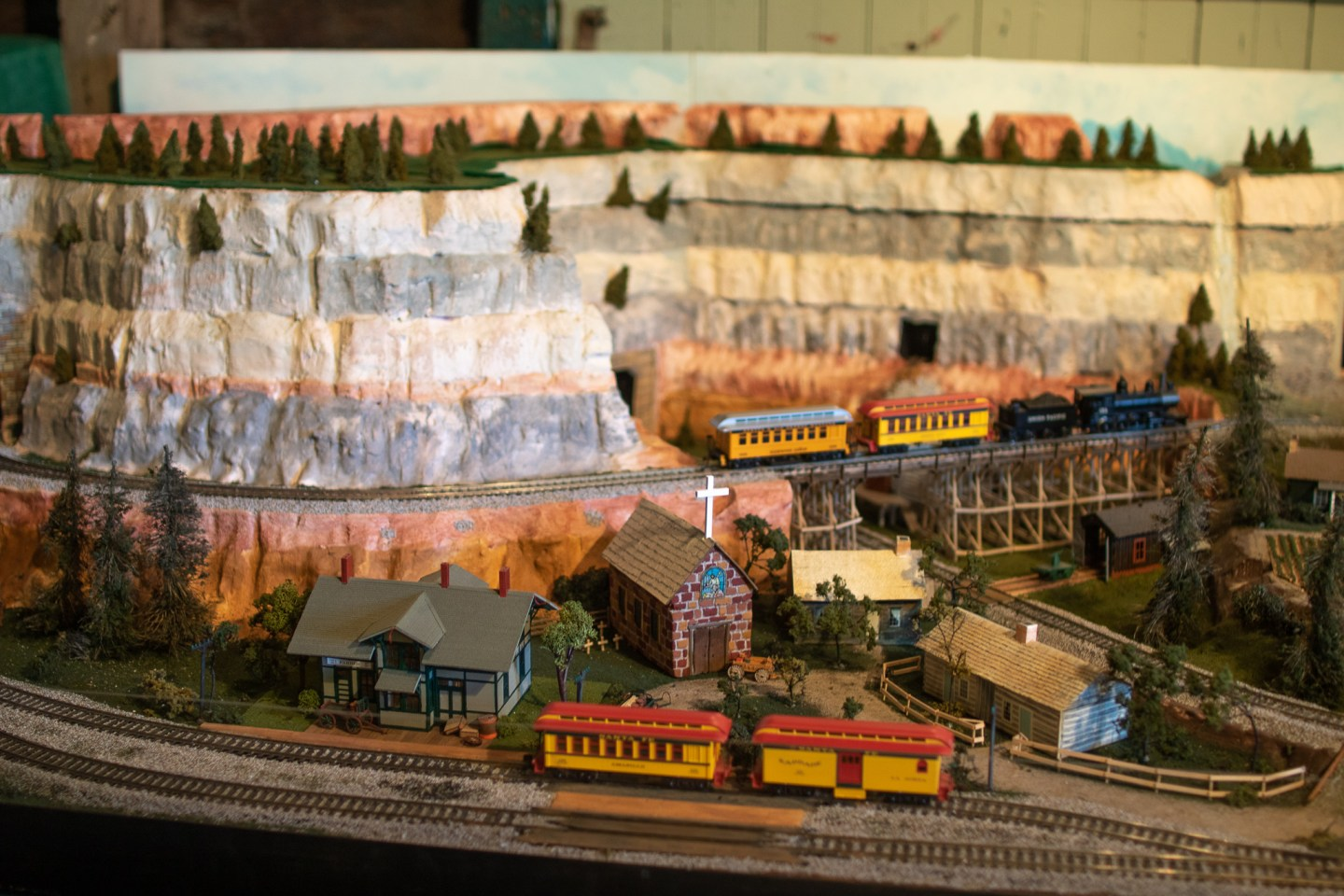 model trains inside the Chicago Alton railroad depot in Independence Missouri