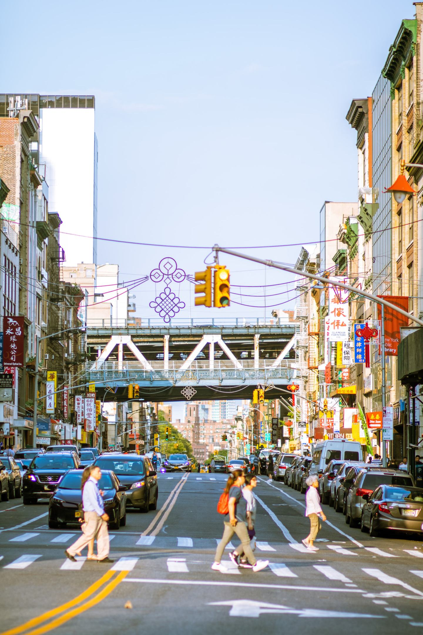 street view of Chinatown in Manhattan