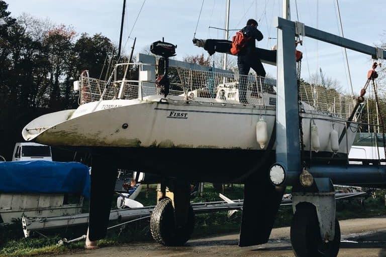 Hivernage – Tomiak sort de l'eau pour les travaux d'hiver