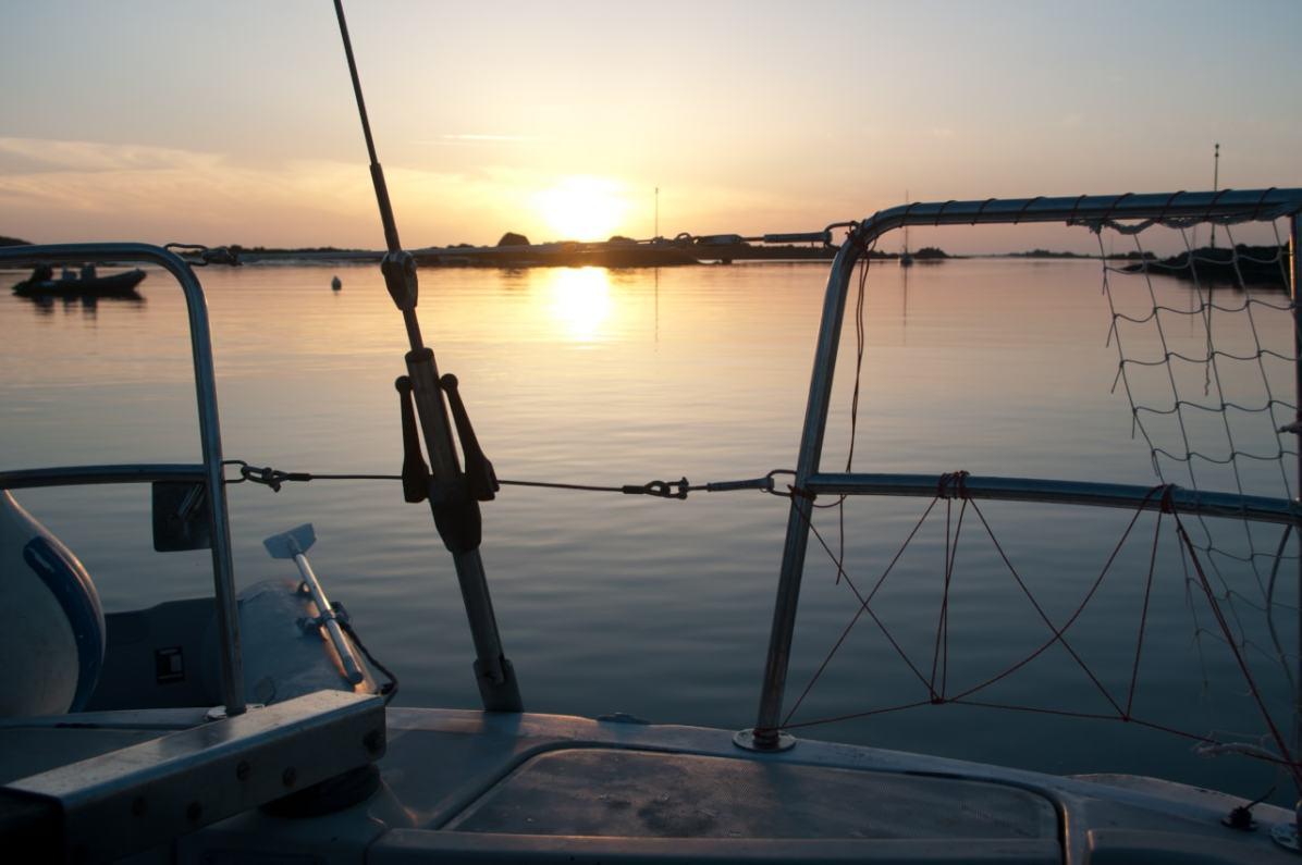 croisiere mouillage sound chausey soir coucher soleil