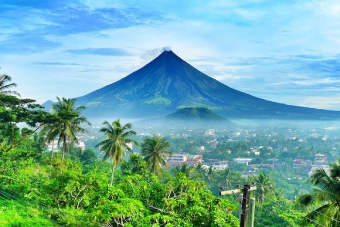 mayon-tropical-pixshark