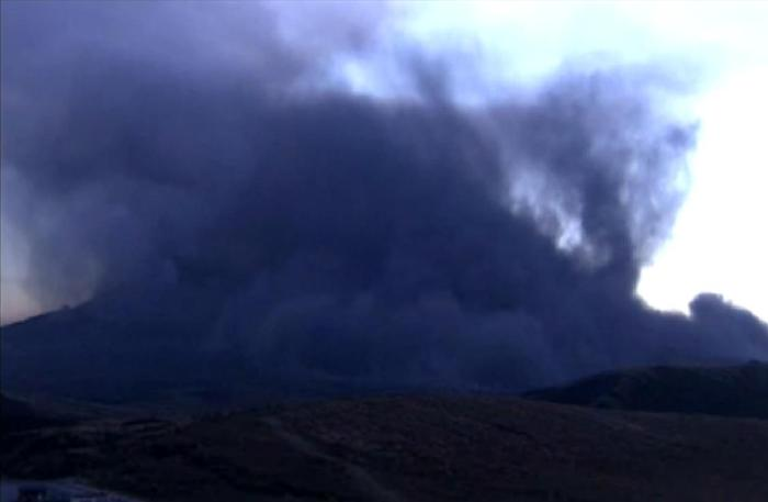 Just before sunrise on October 23rd, Japan time, there was a larger than usual explosion at Aso which led to a column collapse and a possibly pyroclastic flow, albeit of the low-tempered variety. (NHK webcam capture on Oct 22, 21:15 UT)