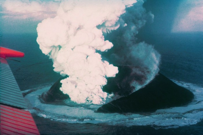 Surtsey forming in 1963. Wikimedia Commons.