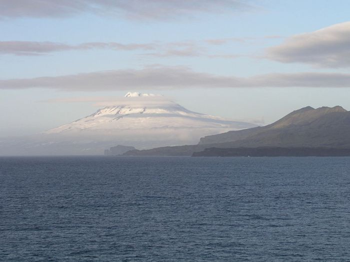 Photorapher: Gernot Hecker, released under GNU. Soaring straight out of the ocean, Jan Mayen might be the most beautiful strato-volcano.