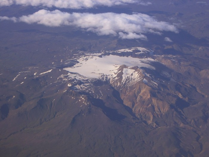 The Tindfjallajökull volcano from the air. Wikimedia Commons, photograph by Martin Barth.