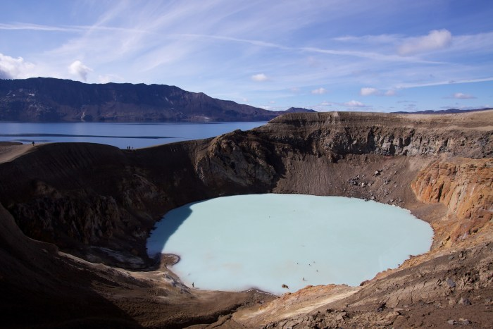 Askjas inner and outer caldera in the background and the Viti Crater Lake in the foreground. Wikimedia Commons, photograph by Boaworm.