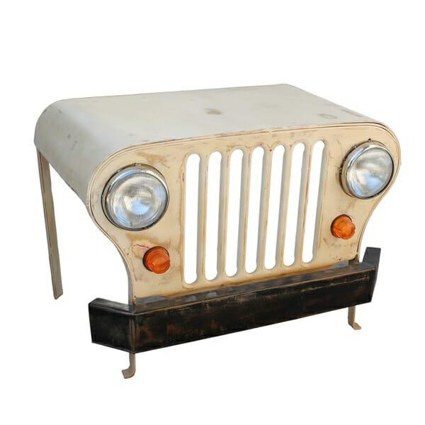Kirjoituspöytä Jeep