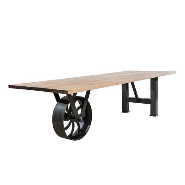 Sturdy pöytä 019