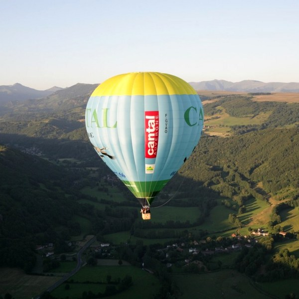 Vol en montgolfiere Cantal