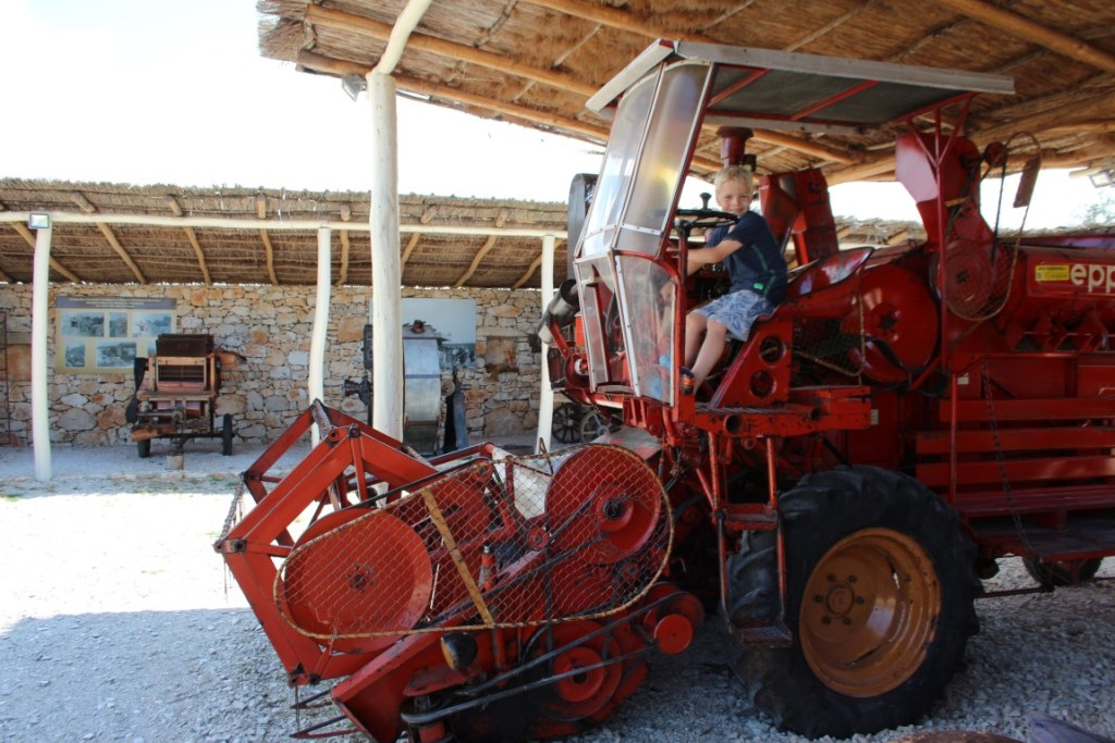 traktor-story-tractor-museum-istrie