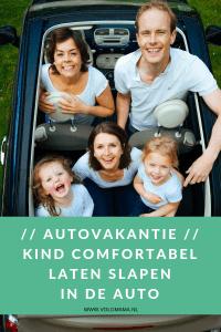 kind in auto slapen - 's nachts rijden - autovakantie met kinderen - tips