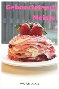Geboortetaart-meisje-roze-pannenkoektaart-pannenkoekentaart-maken-recept
