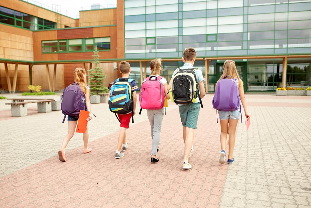 middelbare-school-onderwijs-puberteit-meisjes