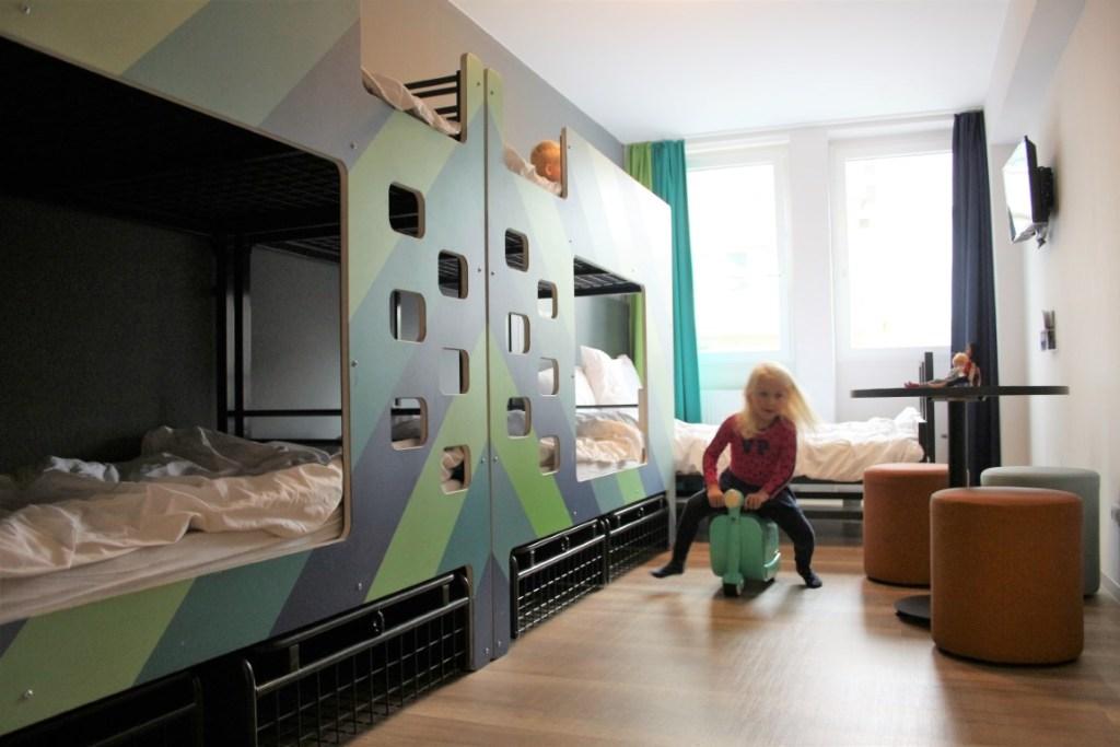 A&O Bremen Hauptbahn familiekamer 6 personen - met kinderen review
