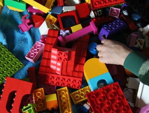 Duplo en LEGO schoonmaken