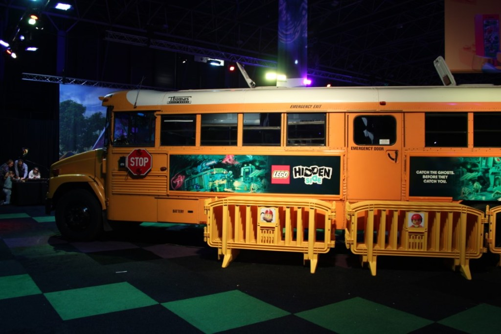 LEGO Hidden Side Schoolbus
