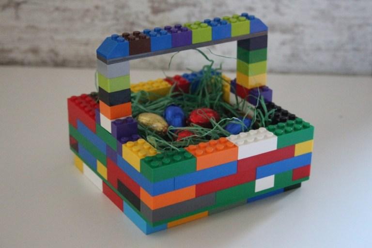 Paasmandje maken van LEGO blokjes