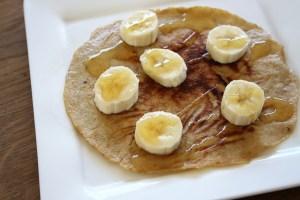 Bananenpannekoeken recept met honing en kaneel