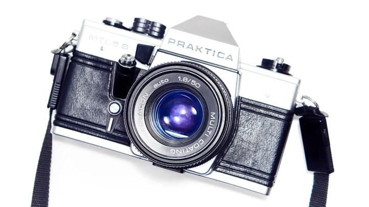 Spiegelreflexkamera Praktica