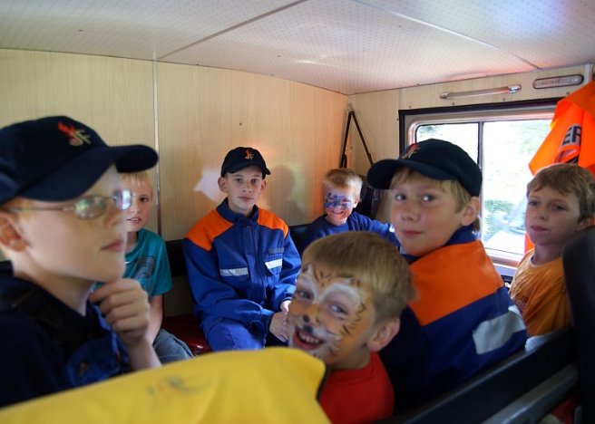 Sommerfest Feuerwehr Kuhstedt Auto fahren