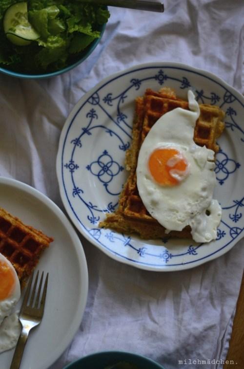 Cheese & Onion Sourdough Waffles | milchmädchen.