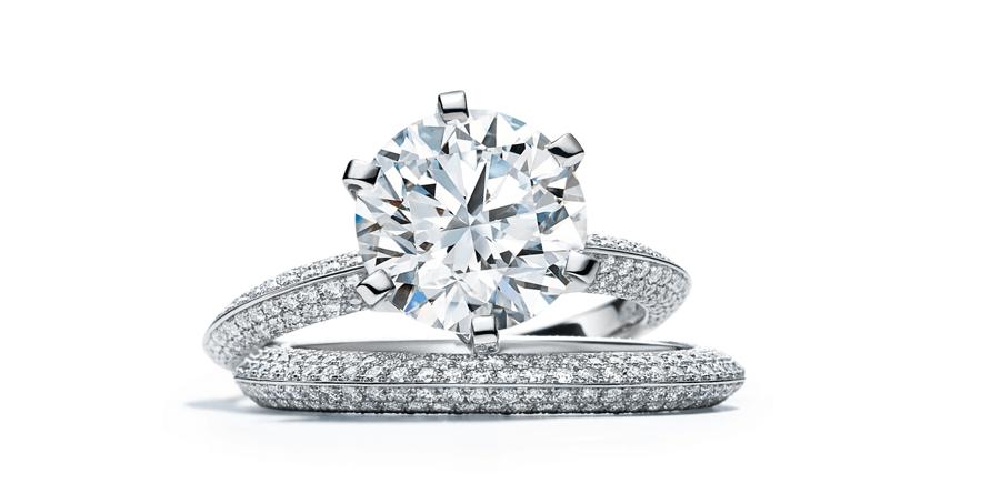 VONsociety: Verlobungsring, Tiffany-Setting-Pave