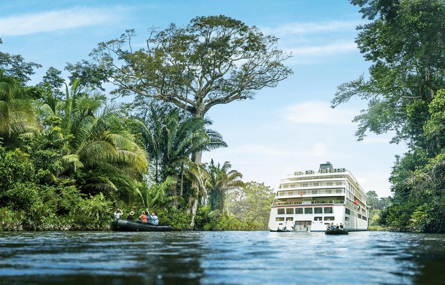 VONsociety: HANSEATIC nature & HANSEATIC inspiration, Marina für Wassersport © Hapag-Lloyd Cruises
