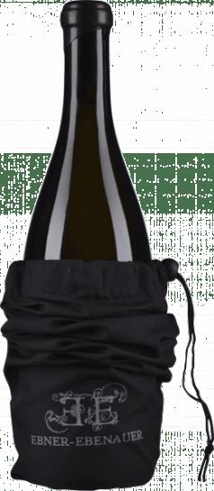 VONsociety: Winzer in der Krise, Flasche Pinot Noir Black Edition 2016 Weingut Ebner-Ebenauer © Wein & Co