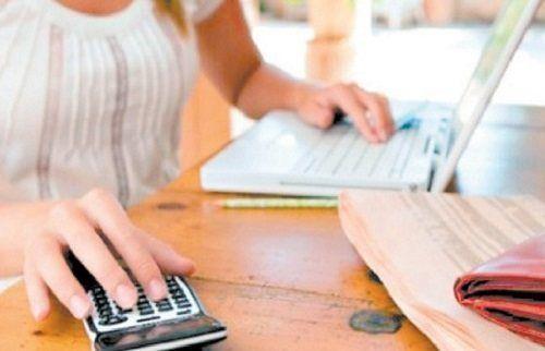 calcular gastos mensuales