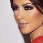 Cómo aplicar corrector estilo Kim Kardashian