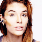 ¿Cómo aplicar la base de maquillaje?