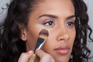 drag-makeup-tip-cooking-concealer-805x534