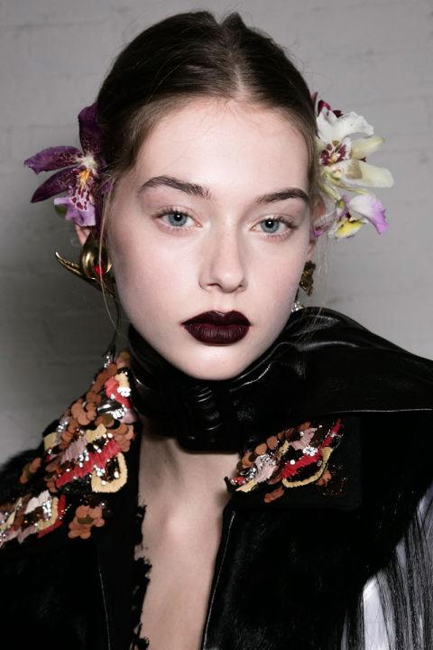 hbz-fw2016-makeup-trends-goth-lips-rodarte-bks-a-rf16-5212