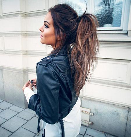 ponytail 2