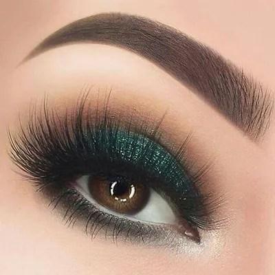 maquillaje de ojos para fiesta mexicana en tono verde azulado