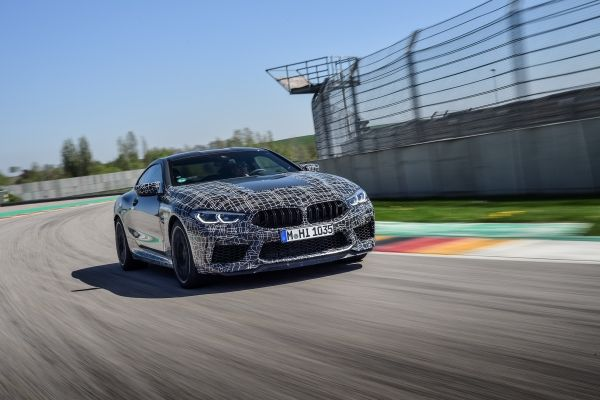 P90346909_lowRes_the-new-bmw-m8-compe