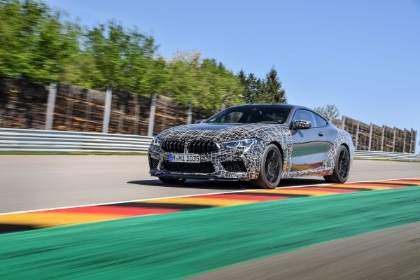 P90346910_lowRes_the-new-bmw-m8-compe