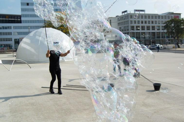 bubblemania phaeno wolfsburg seifenblasenschwarm
